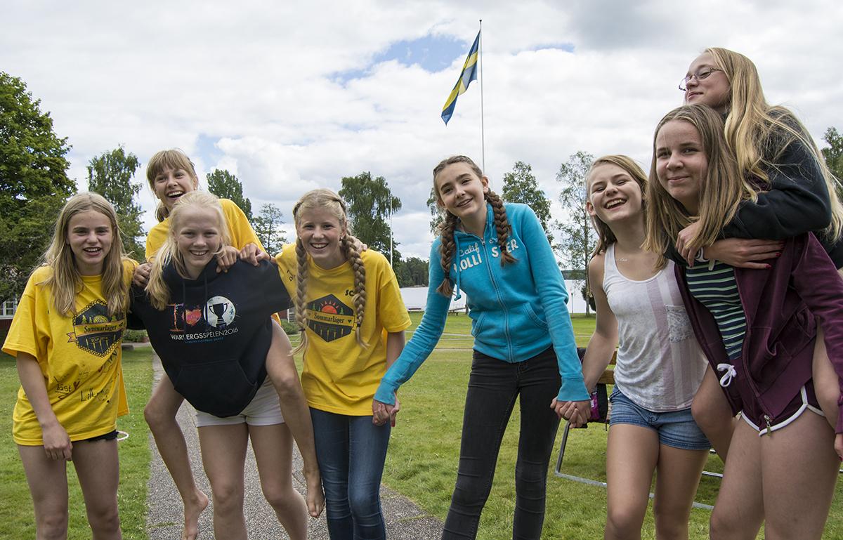Glada deltagare på SCUF:s sommarläger 2016