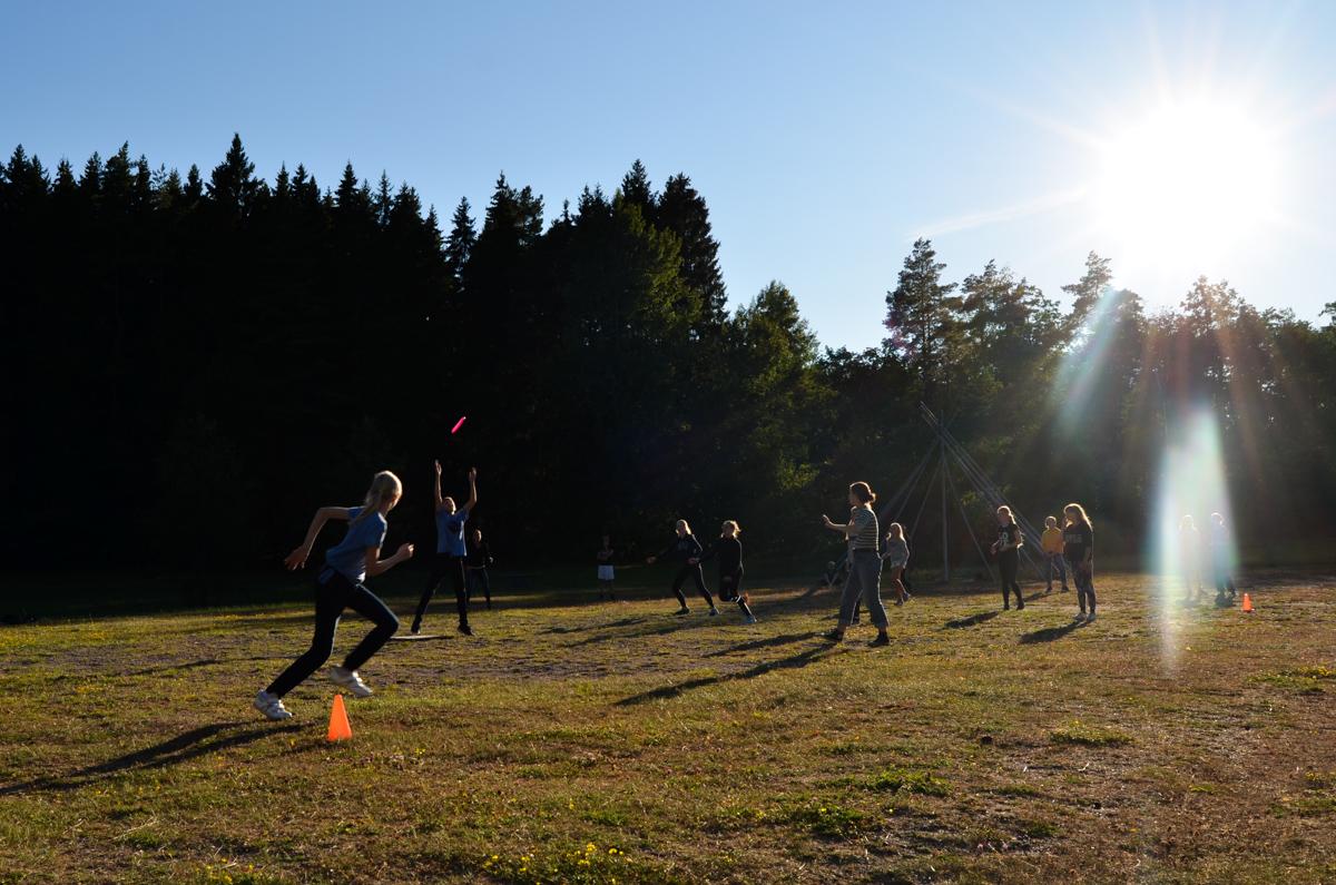 Brännboll på sommarlägret 2017